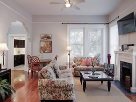 420Waldburg A - Modern Apt With Southern Charm Blocks From Forsyth photos Exterior