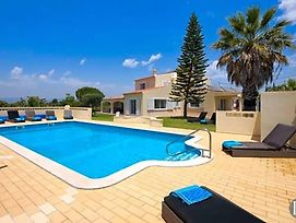 Carvoeiro Villa Sleeps 12 Pool Air Con Wifi photos Exterior