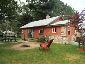 Crooked Lake Resort Cabin 5 photos Exterior