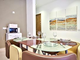 Spacious And Bright 3 Bedroom Gzira photos Exterior