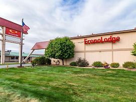 Econo Lodge Miles City photos Exterior