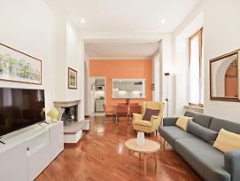 Bright And Large 2 Bed Flat In San Giovanni photos Exterior