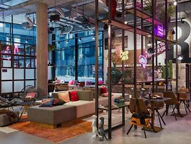 Moxy Frankfurt City Center photos Exterior