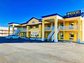 Americas Best Value Inn Princess Anne photos Exterior