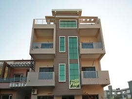 Premium 3Bhk Stay On Rajpur Road photos Exterior