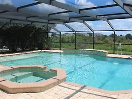 Beautiful 4 Bedroom 2.5 Bath Pool Home In Westhaven Close To Disney photos Exterior