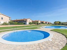 L'Estartit Villa Sleeps 6 T223630 photos Exterior