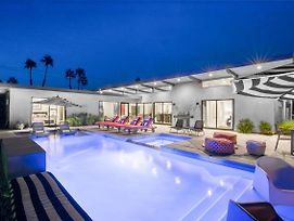 Best In Palm Springs • Featured In Dwell • 5 Bedrooms & All En Suite Baths photos Exterior
