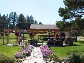 Whispering Winds Cottages & Campsites photos Exterior