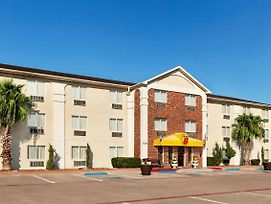 Super 8 By Wyndham Waco University Area photos Exterior
