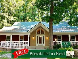 That Pretty Place Bed & Breakfast photos Exterior