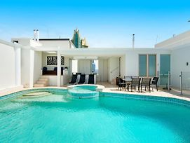 Golden Gate 2 Storey Penthouse With Pool - We Accommodate photos Exterior
