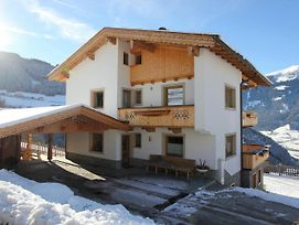 Holiday Home Chalet Rosa 2 photos Exterior