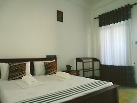 Dimuthu Homestay photos Exterior