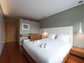 Lovelystay - Oporto Beach Apartment With 2 Free Parking Spots photos Exterior