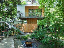Urban Tree House photos Exterior