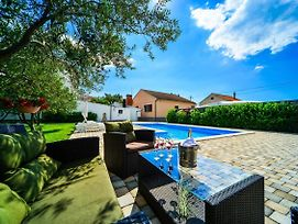 Family Friendly Apartments With A Swimming Pool Biograd Na Moru 8370 photos Exterior