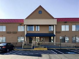 Days Inn By Wyndham Thomson photos Exterior