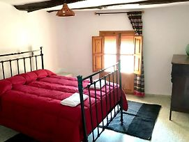 House With 3 Bedrooms In Pampaneira With Wonderful Mountain View Furnished Terrace And Wifi 40 Km From The Beach photos Exterior