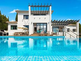 Fuengirola Villa Sleeps 12 Pool Air Con Wifi photos Exterior
