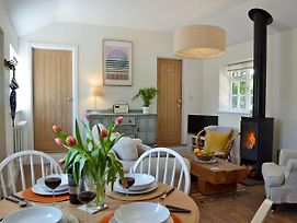 Adversane Cottage photos Exterior