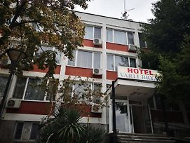 Hotel Varly Bryag photos Exterior