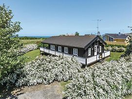 Four Bedroom Holiday Home In Glesborg photos Exterior