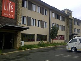 Life Ballito Bay photos Exterior