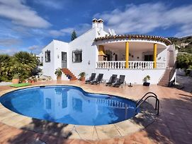 Comfortable Holiday Home With Private Pool In Vinuela photos Exterior