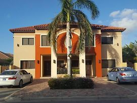 Gold Coast Aruba Apartment photos Exterior