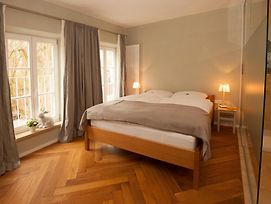 Bed And Breakfast Unter Den Linden photos Exterior