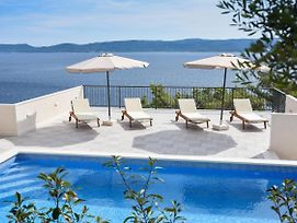 Seaside Apartments With A Swimming Pool Marusici Omis 10009 photos Exterior