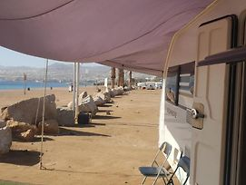 New English Luxury Caravan On The Sea photos Exterior