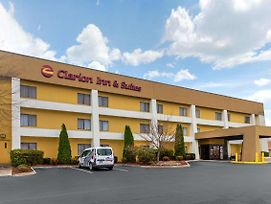 Clarion Inn & Suites West Knoxville photos Exterior