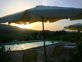 Apartment With One Bedroom In San Gimignano With Pool Access Furnish photos Exterior