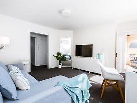 2 Bedroom Caulfield Nth Apartment On The Park photos Exterior