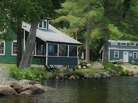 Lake Cottage @ Gilmore Camps On Kezar Lake photos Exterior