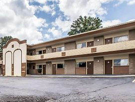 Econo Lodge Macon photos Exterior