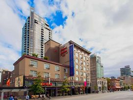 Howard Johnson Hotel By Wyndham Vancouver Downtown photos Exterior