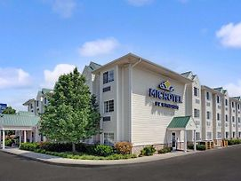 Microtel Inn & Suites By Wyndham Indianapolis Airport photos Exterior