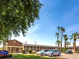 Howard Johnson By Wyndham Scottsdale Old Town photos Exterior