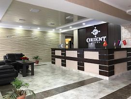 Orient photos Exterior