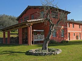Piano Di Conca Villa Sleeps 10 Pool Air Con T763289 photos Exterior
