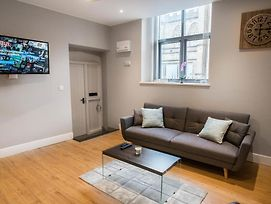 |-| Charming Apartment In The Heart Of Kelham Island |-| photos Exterior