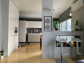 Luxury Two Rooms Apartment photos Exterior