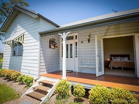Wine Country Cottage Located Right At The Hunter Valley Gateway Close To Everything photos Exterior