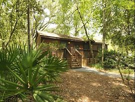 Disney'S Fort Wilderness Cabin photos Exterior