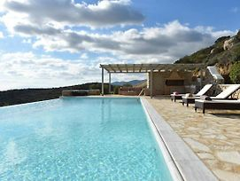 Villa Moonlight - Exquisite Villa For 10 With Pool, Helipad photos Exterior