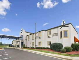 Howard Johnson By Wyndham Tifton photos Exterior
