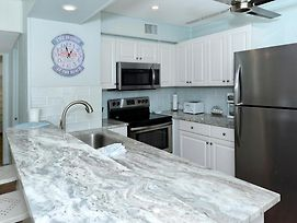 Siesta Beach House #210 Beautiful Updated Unit 2 Bedroom Condo photos Exterior